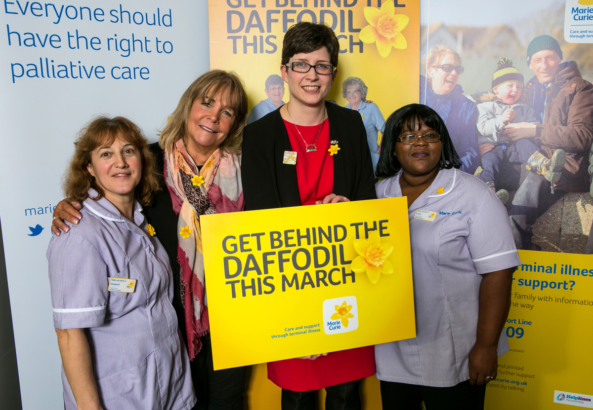 Alison Thewliss MP and Linda Robson 'get behind the daffodil' for Marie Curie this March