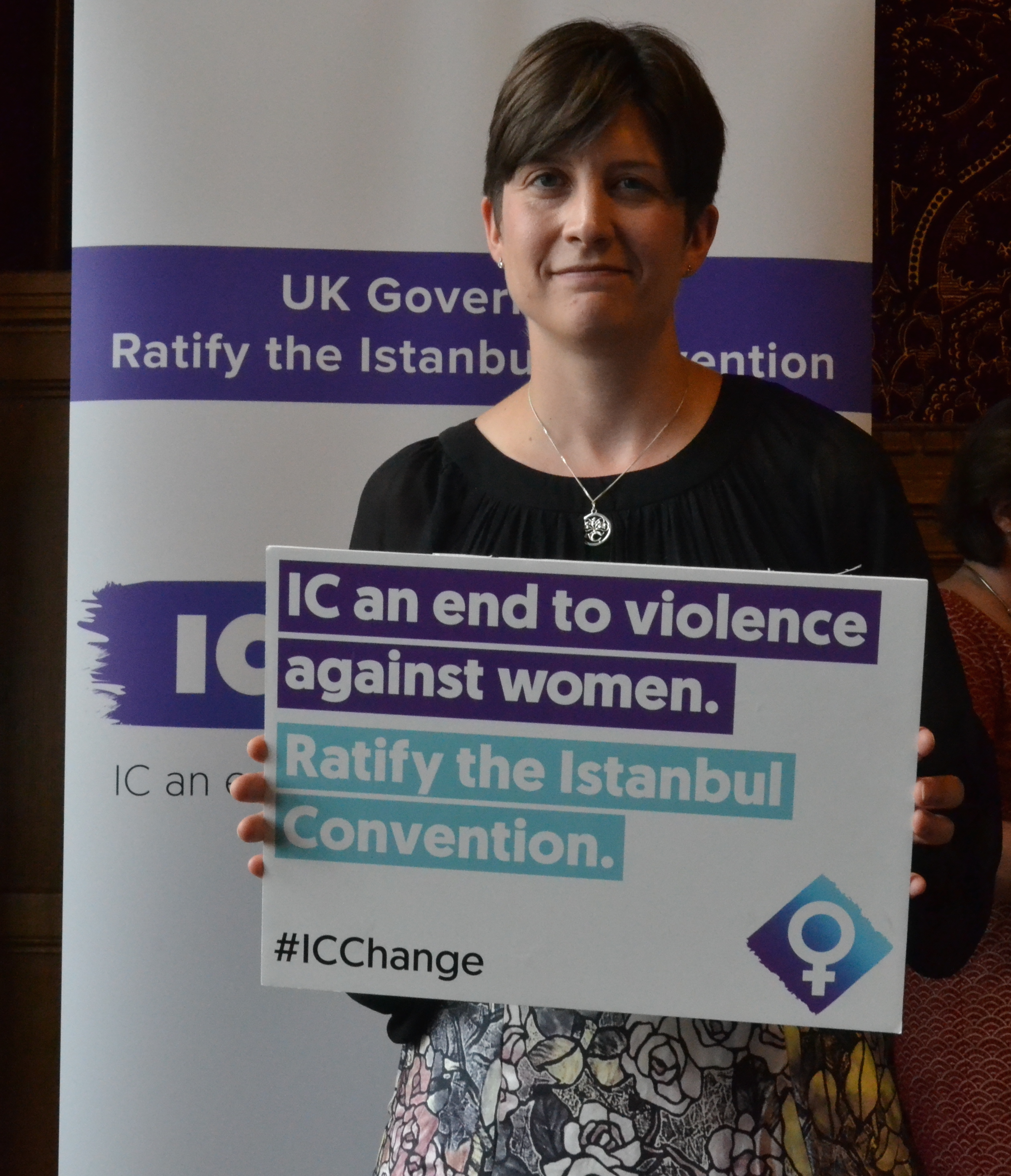 Alison Thewliss MP shows her support for ending violence against women and girls