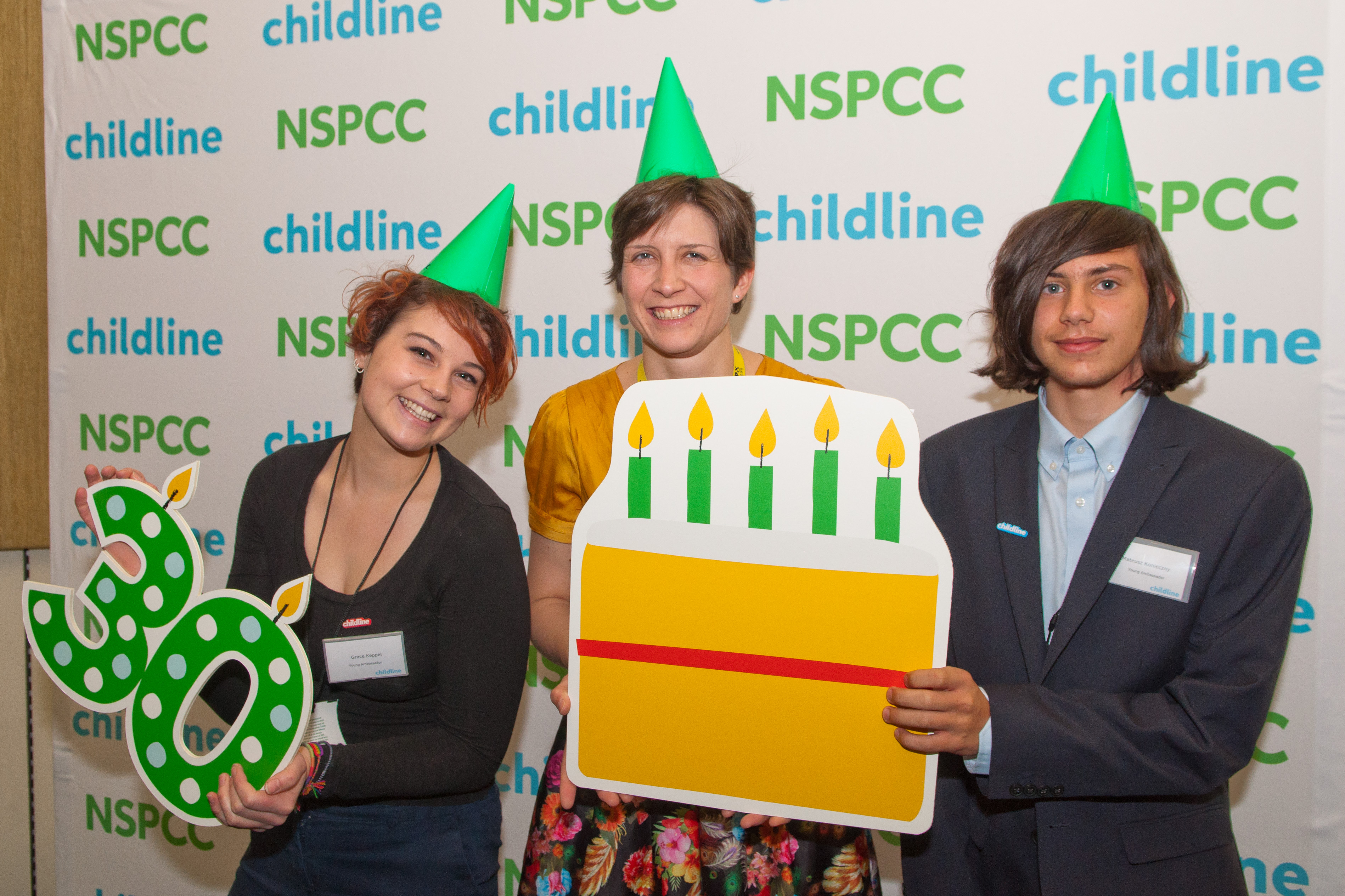 Alison Thewliss MP celebrates 30 years of Childline