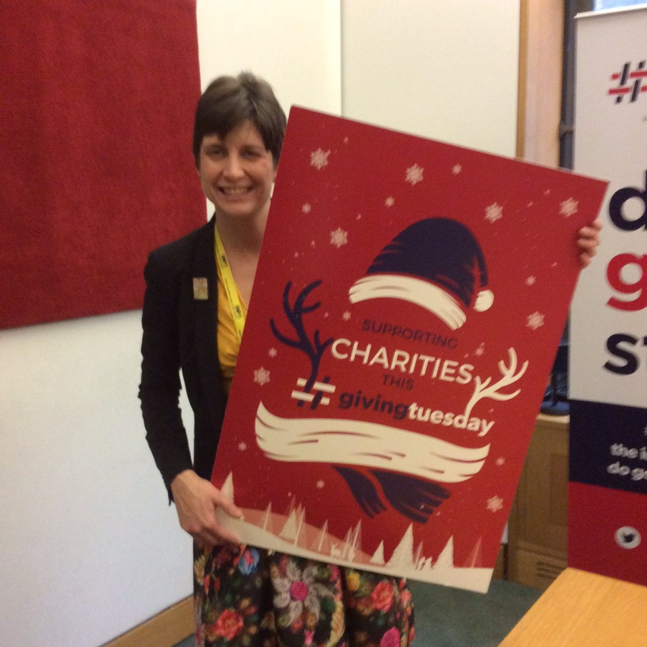 Alison Thewliss MP joins charities and businesses to support #givingtuesday