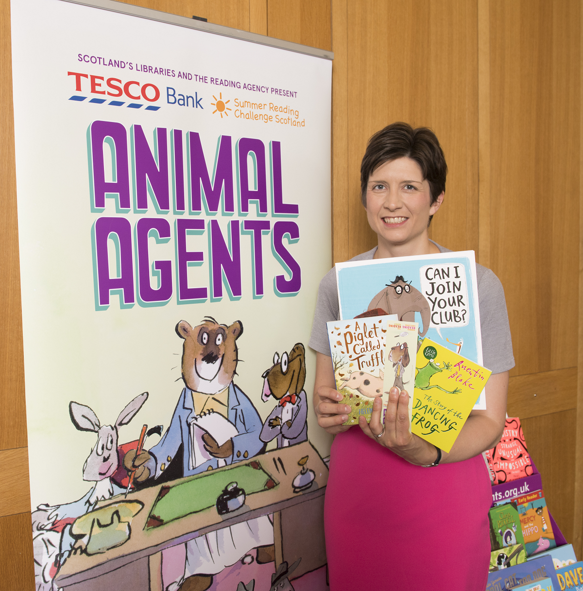 Alison Thewliss MP supports Summer Reading Challenge
