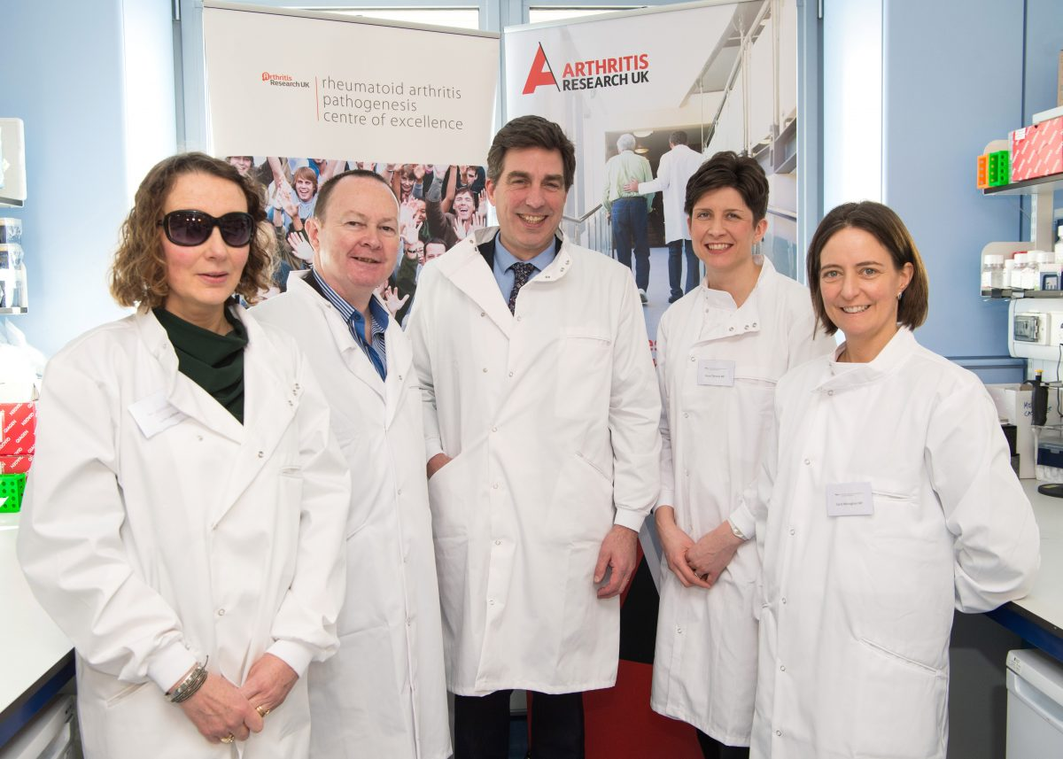 Alison Thewliss MP visits innovative Glasgow research centre for rheumatoid arthritis