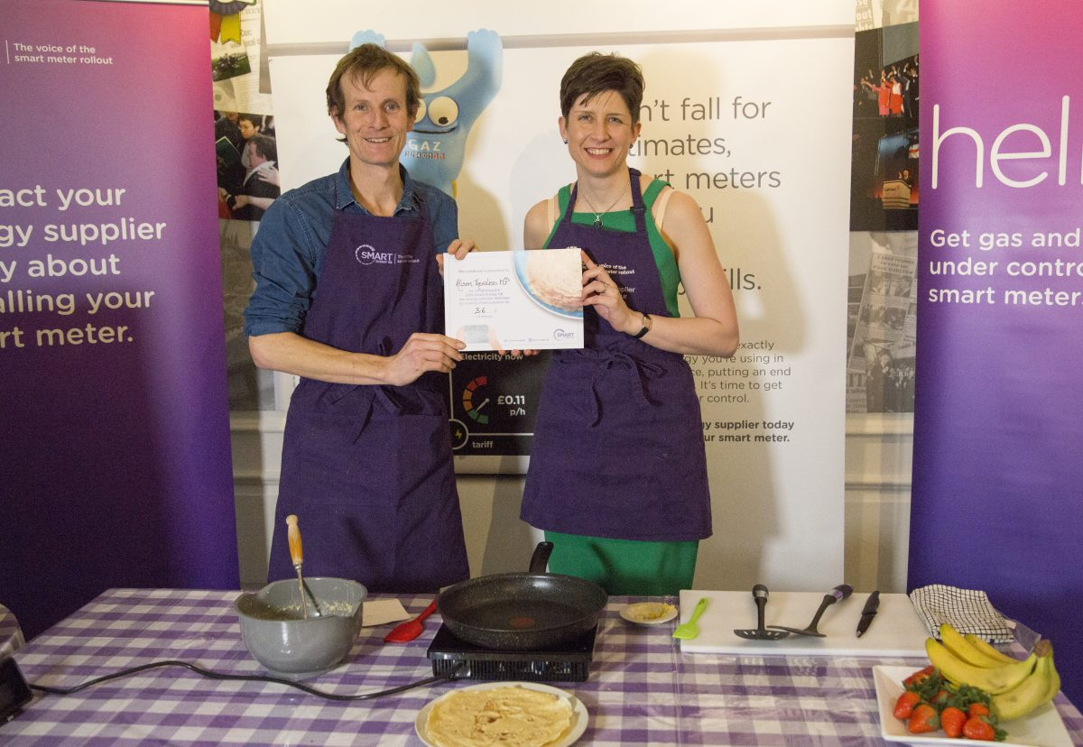 Alison Thewliss MP gets things cooking during smart meter challenge